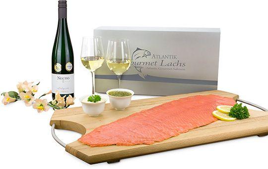 Zum-Fest-Lachs-&-Wein-P0603